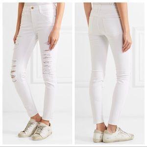 Frame Le Skinny de Jeanne Distressed White Jeans